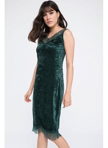 DeFacto Dantel Detaylı Kadife Elbise Yeşil